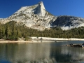 cathedral_peak_a_cathedral-lakes_yosemitske-udolie