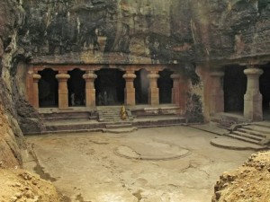 gandhi-national Caves_1