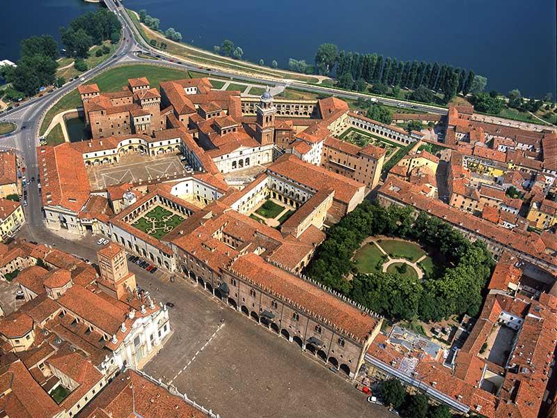 Palazzo-Ducale-Mantua_2
