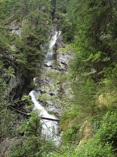 Kmeťov vodopád – najväčší vodopád na slovensku