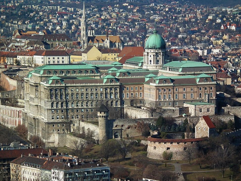Kralovsky palac-Budapest_01