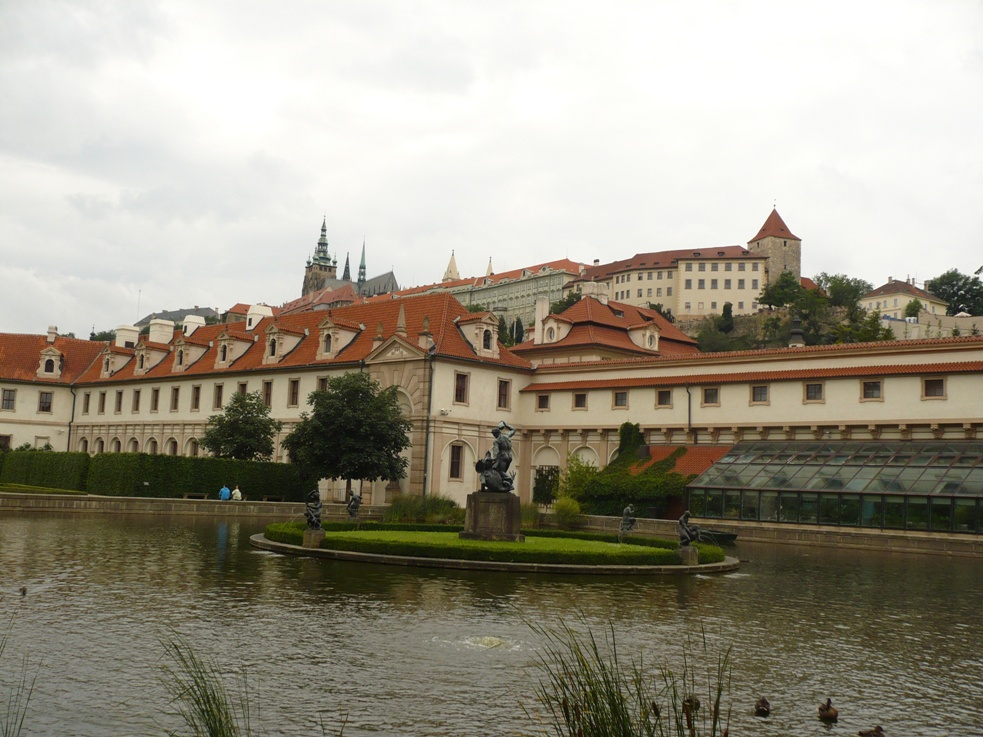 Valdštejnsky palac_Praha