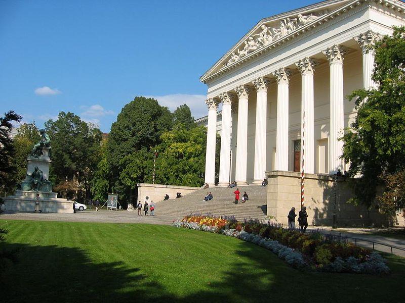 Madarske národne muzeum _Budapest_02