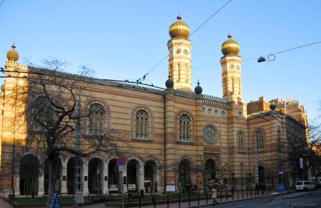 Velka synagoga