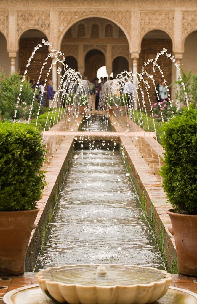 Alhambra_Generalife_fountains
