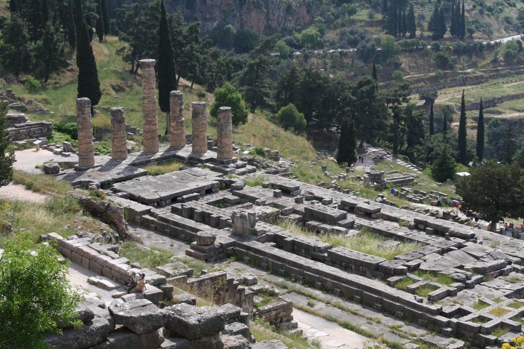Delphi_apolonov chram