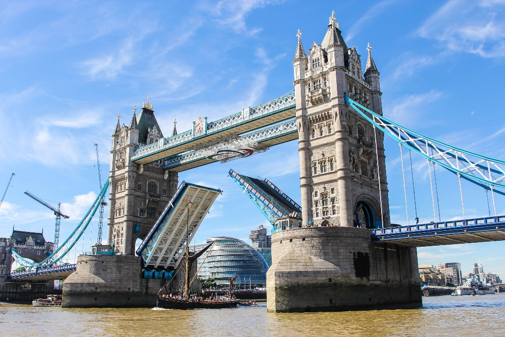 Tower-Bridge-David-Straven