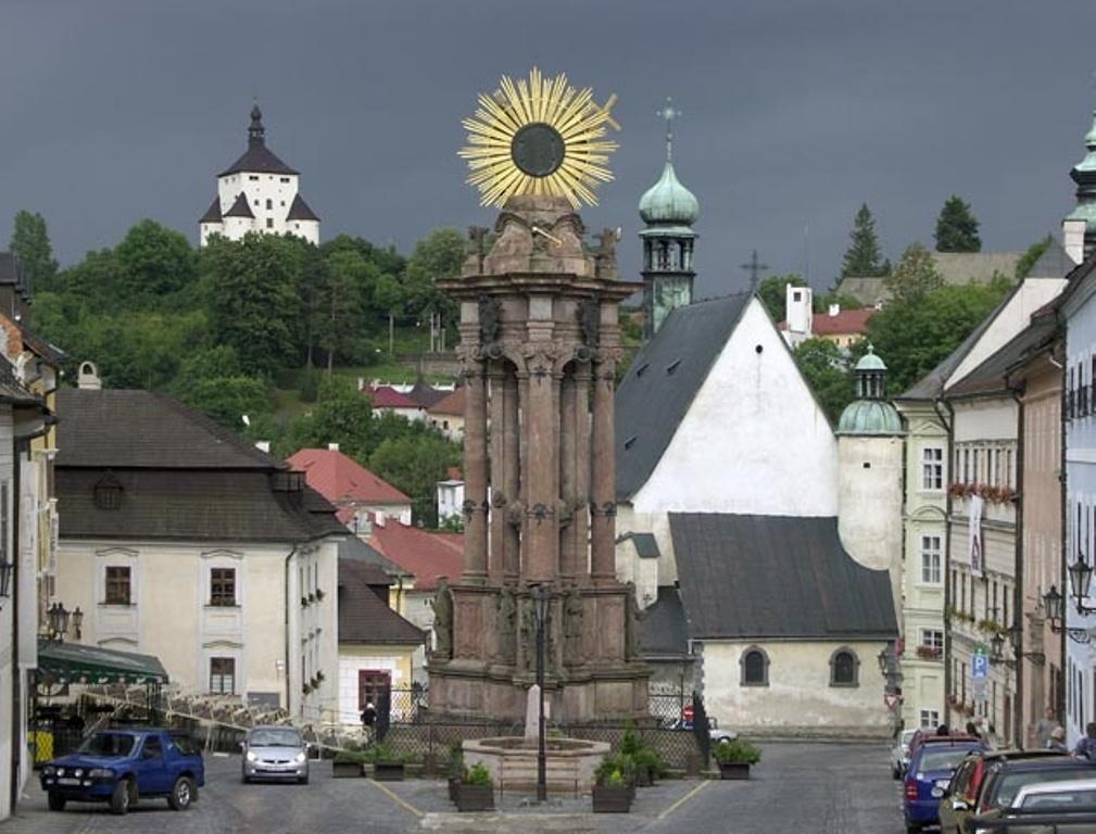 Morový stĺp - Trojičné námestie - Banská Štiavnica