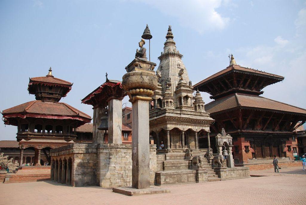 Bhaktapur, Dárbárske námestie
