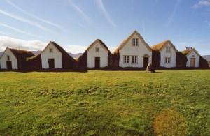 iceland_houses_tiberio_frascari
